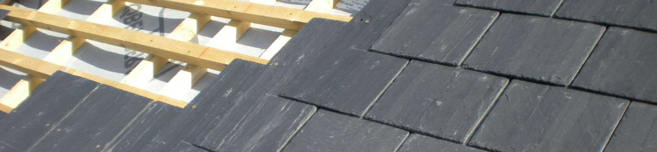 Laying roof tiles